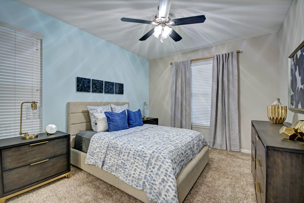 Master bedroom at Vista 121 Apartment Homes in Lewisville, Texas