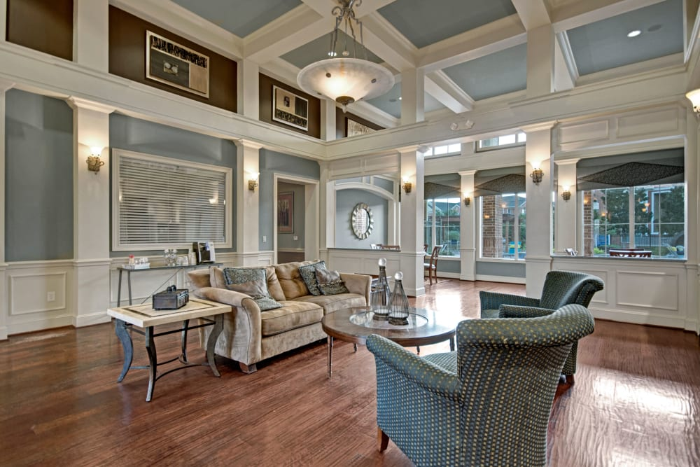 Clubhouse at Vista 121 Apartment Homes in Lewisville, Texas