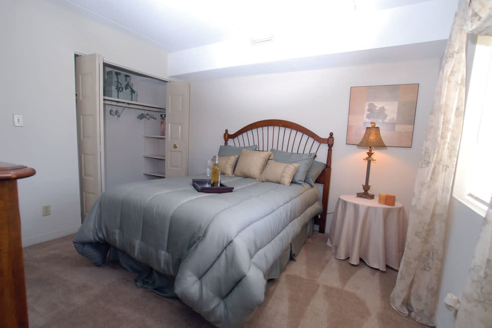 A large bedroom at The Heights At Marlborough in Marlborough, Massachusetts