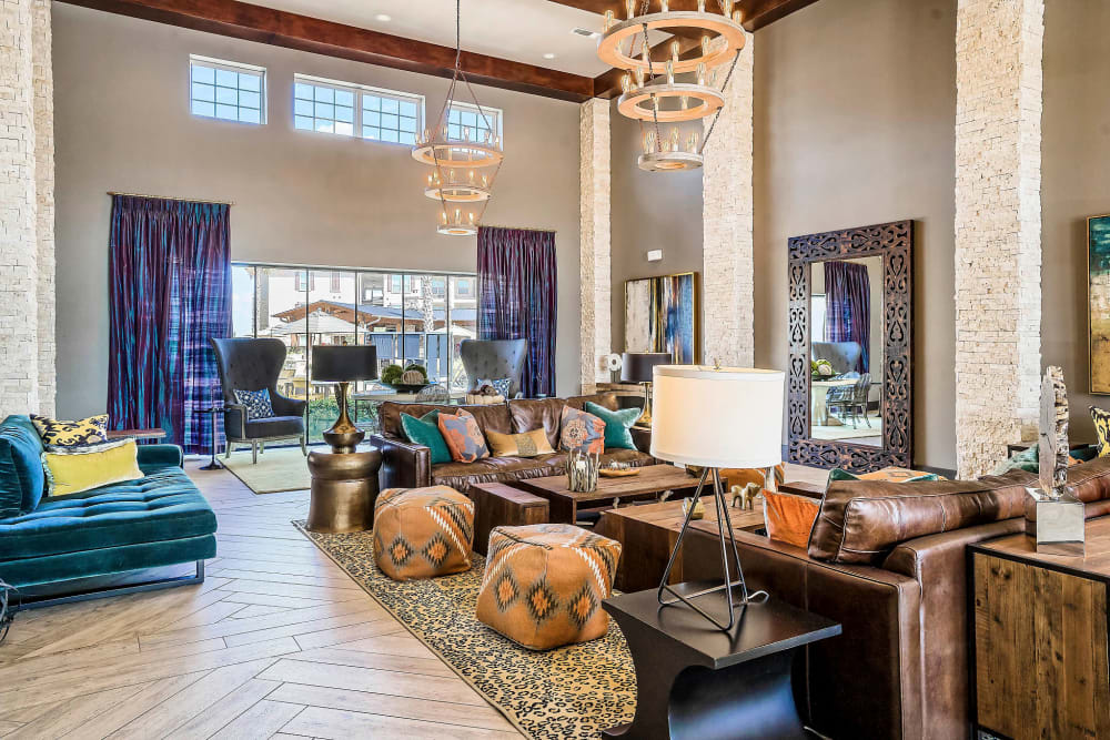 Bright and welcoming lobby interior at Sundance Creek in Midland, Texas