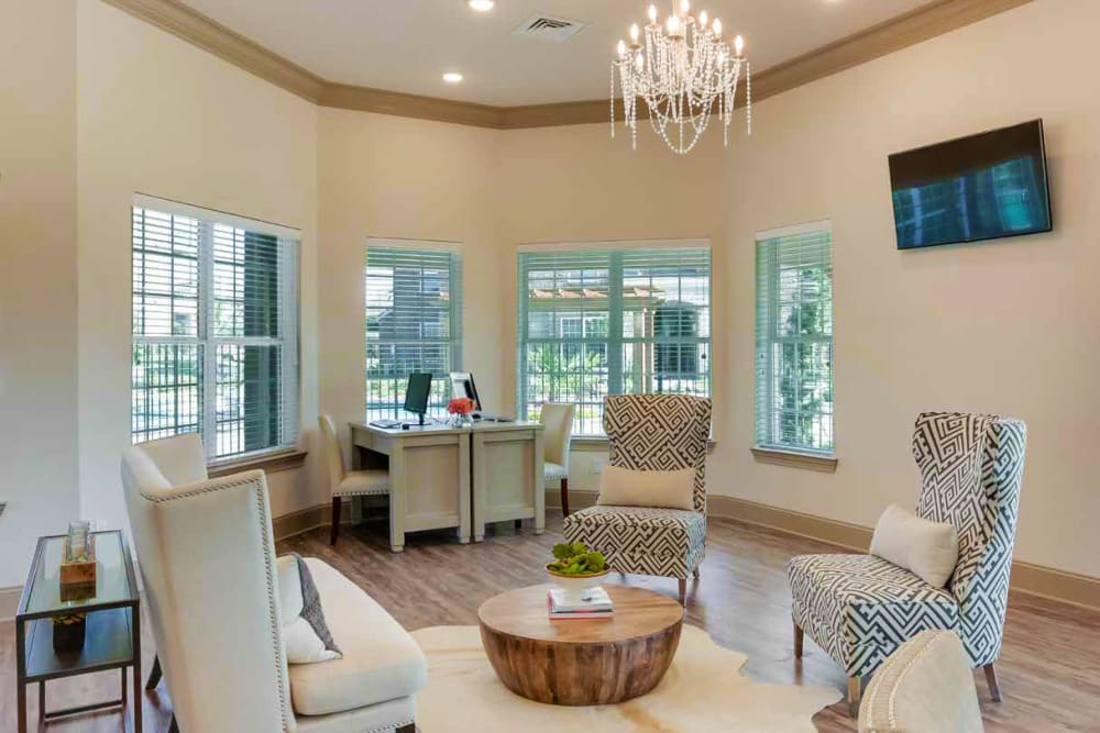 Leasing office lounge at Creekside South in Wylie, Texas