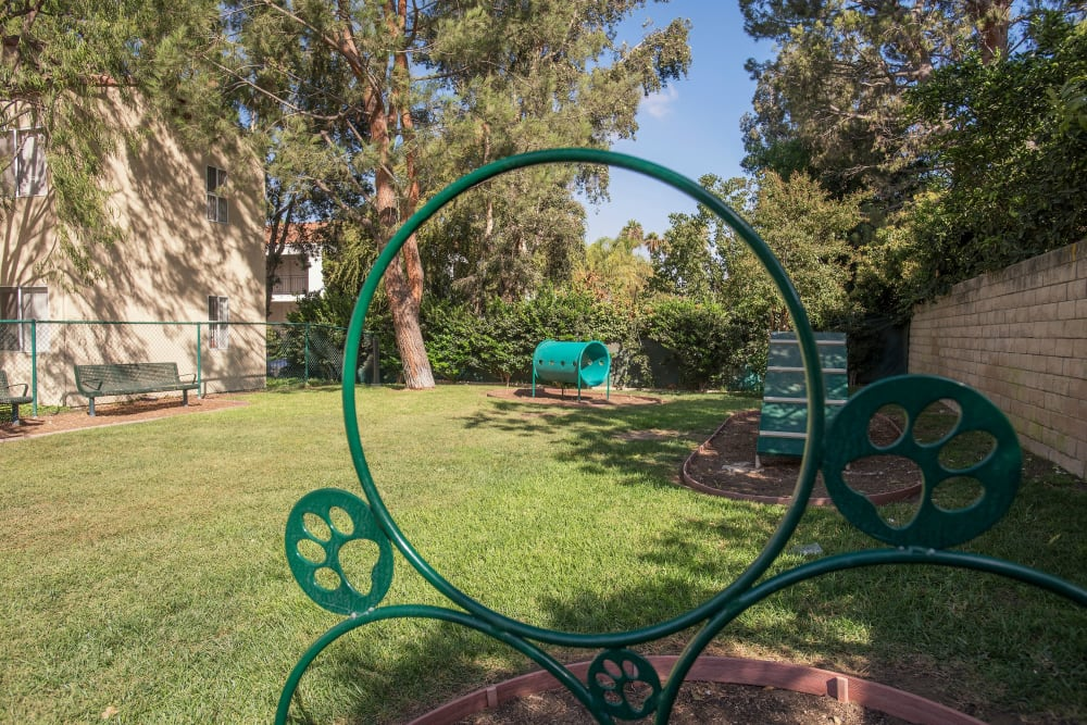 Large onsite dog park at Shadow Ridge Apartment Homes in Simi Valley, California