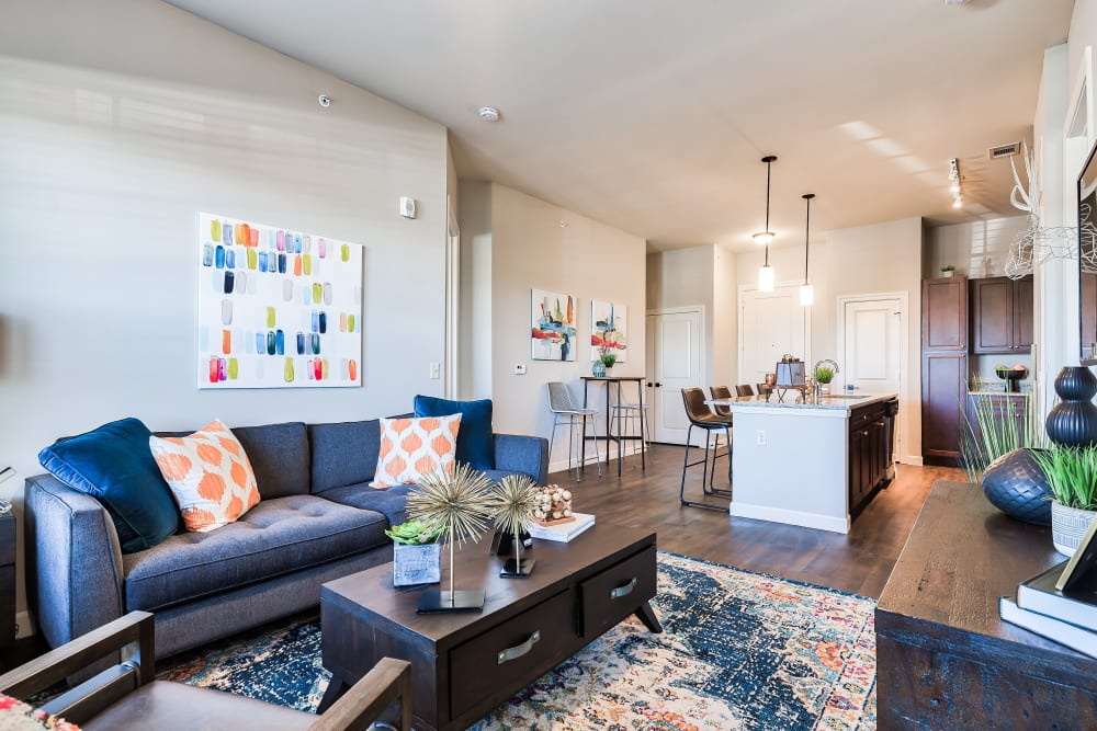 Spacious Living Room at Boulders at Overland Park Apartments in Overland Park, Kansas