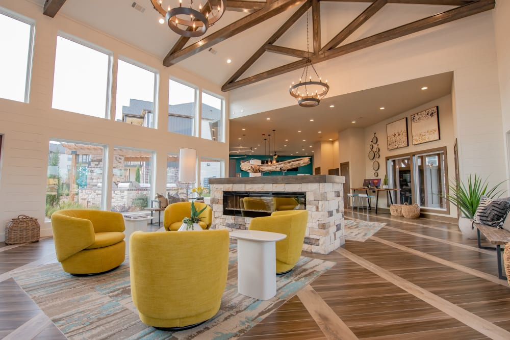 Luxury clubhouse at Bend at New Road Apartments in Waco, Texas