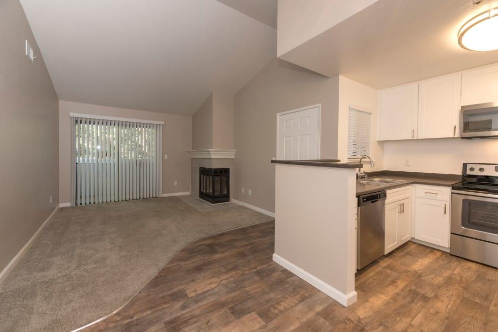 Open-concept apartment at Park Ridge Apartment Homes in Rohnert Park, California