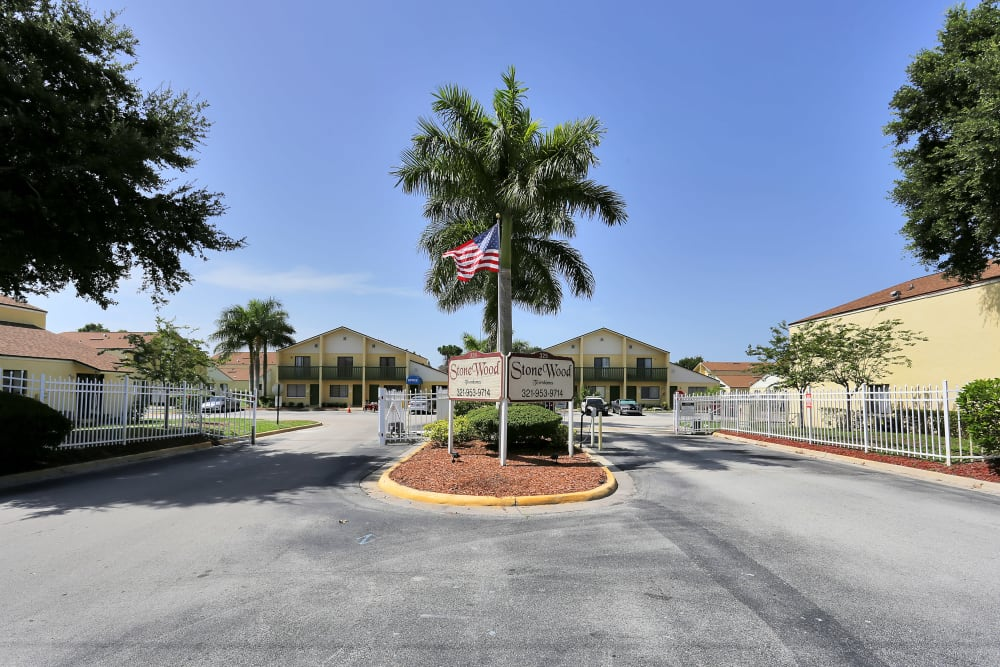 Entrance to Stonewood Townhomes in Melbourne, Florida