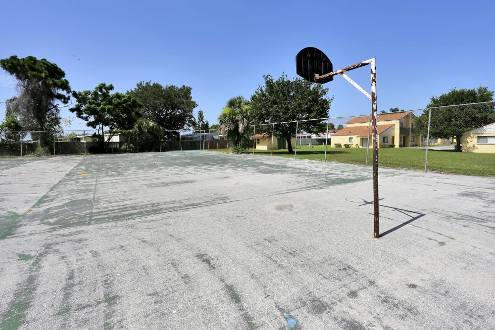 Basketball court near Stonewood Townhomes in Melbourne, Florida