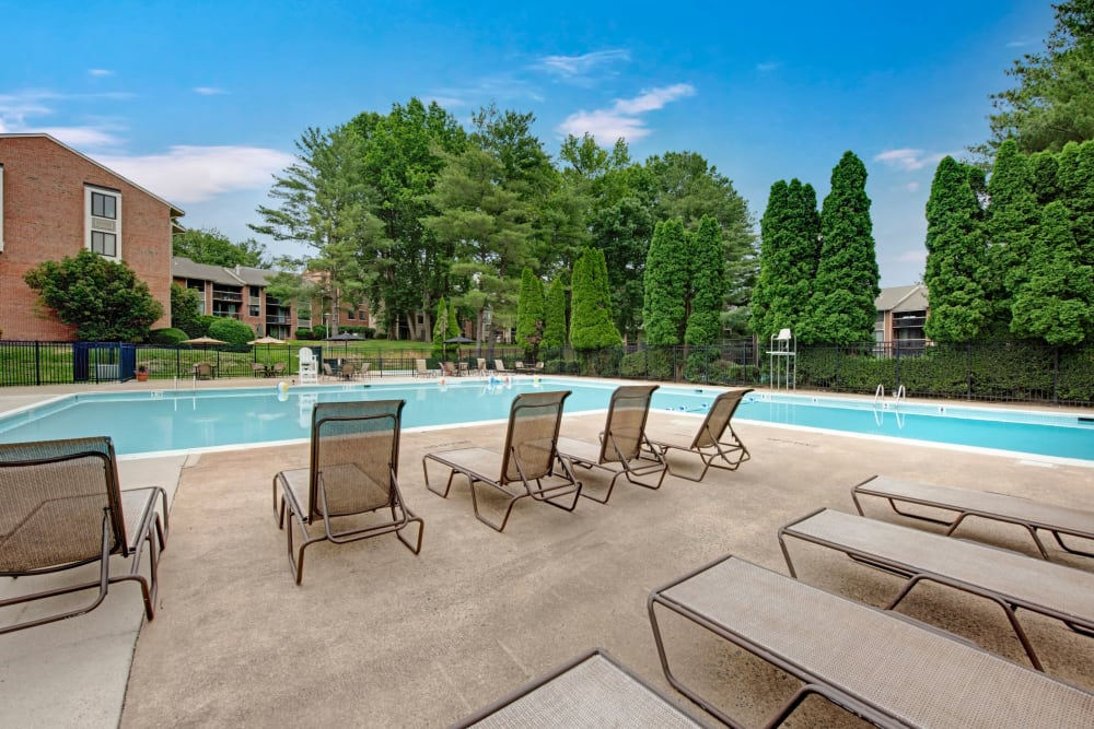Sparkling swimming pool at West Springfield Terrace in Springfield, Virginia
