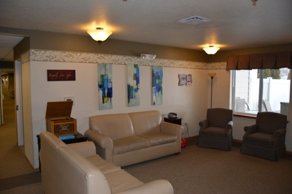 Lounge with record player at Courtyard Estates at Hawthorne Crossing in Bondurant, Iowa.