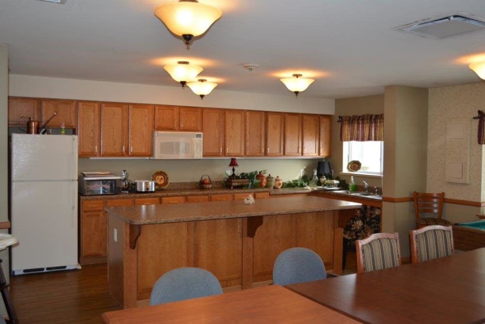 Full resident community kitchen at Courtyard Estates at Hawthorne Crossing in Bondurant, Iowa.