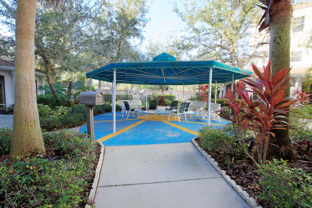 A large outdoor area at Sunset Lake Village Senior Living in Venice, FL