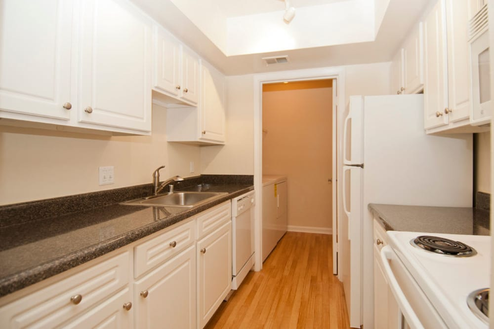 Fully equipped kitchen at Brookside View in Gaithersburg, Maryland