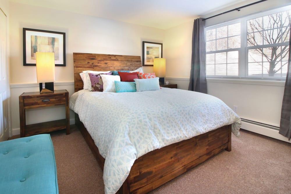 Master bedroom at Middlesex Crossing in Billerica, Massachusetts