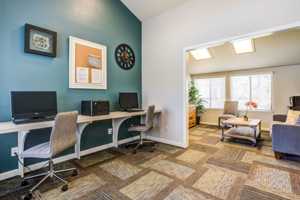 Business center at Waterfield Square Apartment Homes in Stockton, California