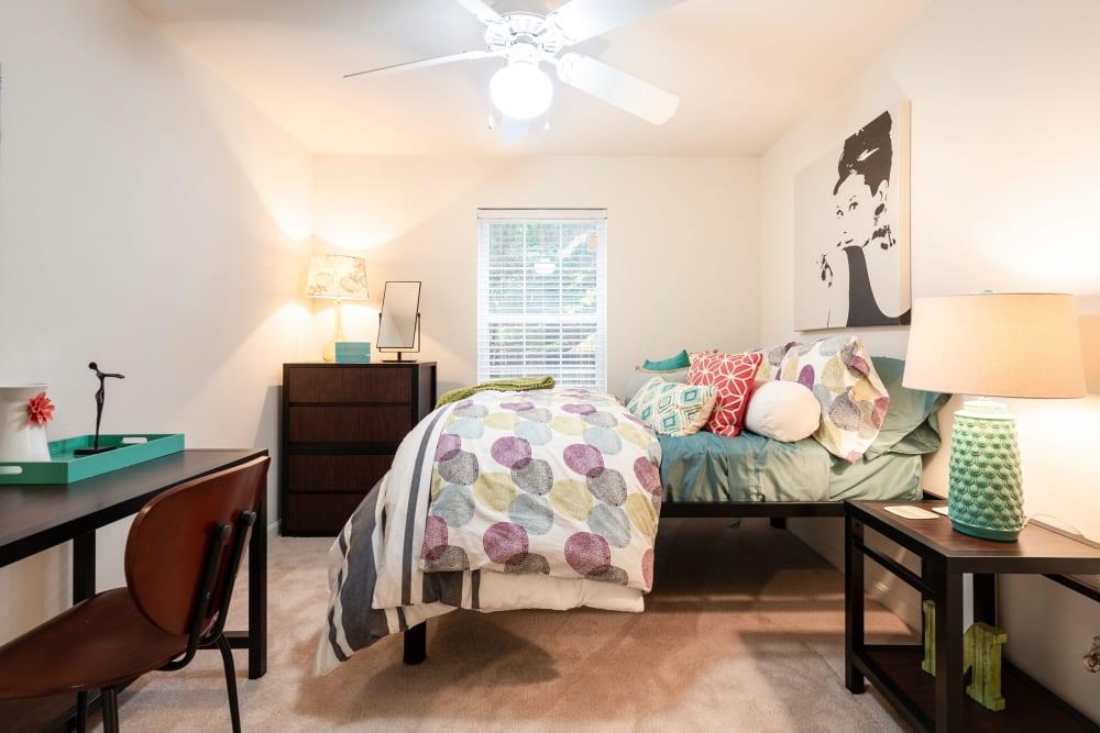 Large bedroom at Sunchase at James Madison in Harrisonburg, Virginia