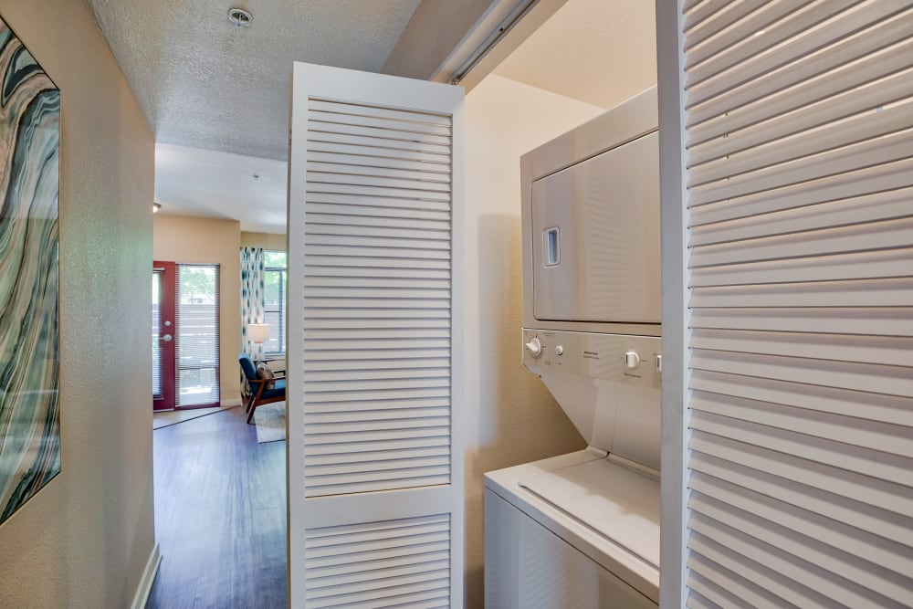 Downtown Belmar Apartments offers a Washer/Dryer in Lakewood, Colorado