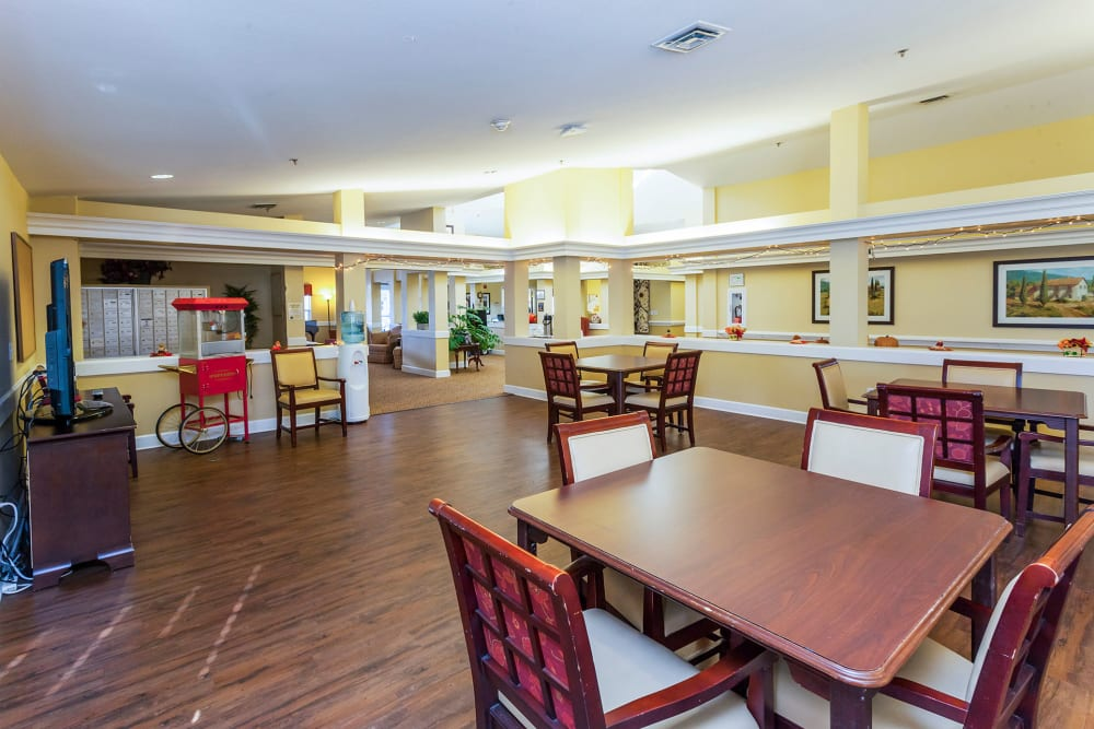 Spacious activity room at Lassen House Senior Living in Red Bluff, California