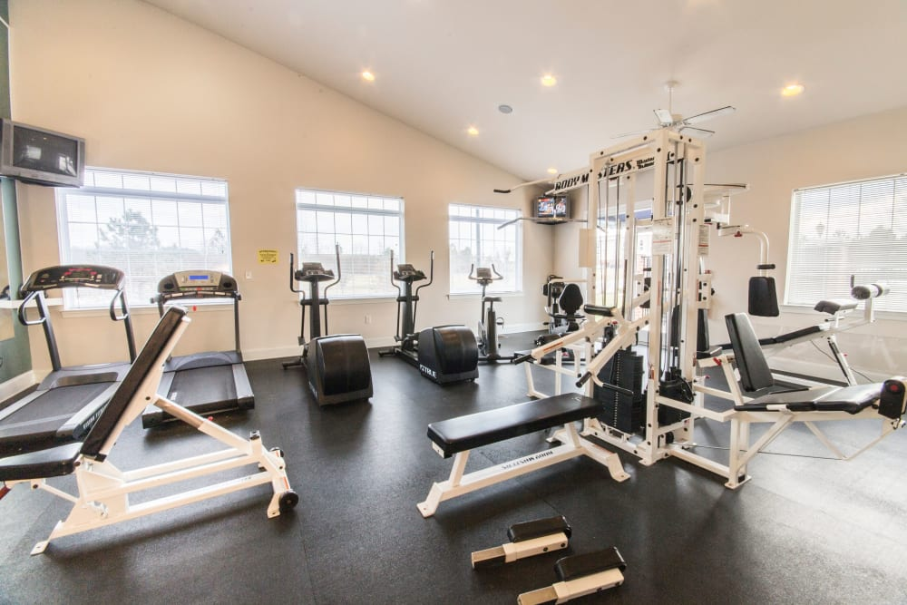 Fitness center at Sunchase at Longwood in Farmville, Virginia