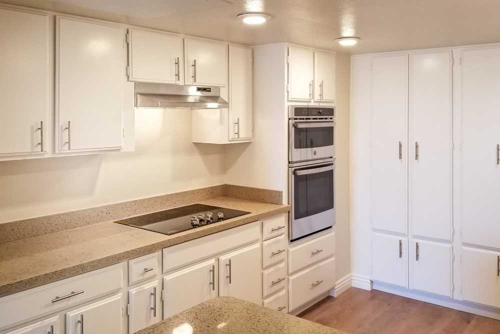 Kitchen amenities at Hillsborough Plaza Apartments in San Mateo, California