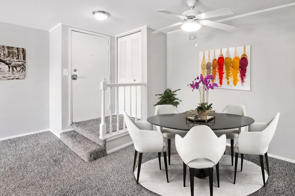 Dining room in apartments at Lakeside Apartments in Wheaton, Illinois