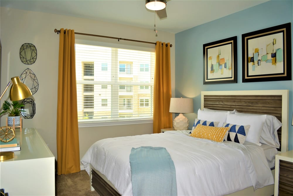 The Abbey at Sonterra offers a Bedroom in San Antonio, Texas