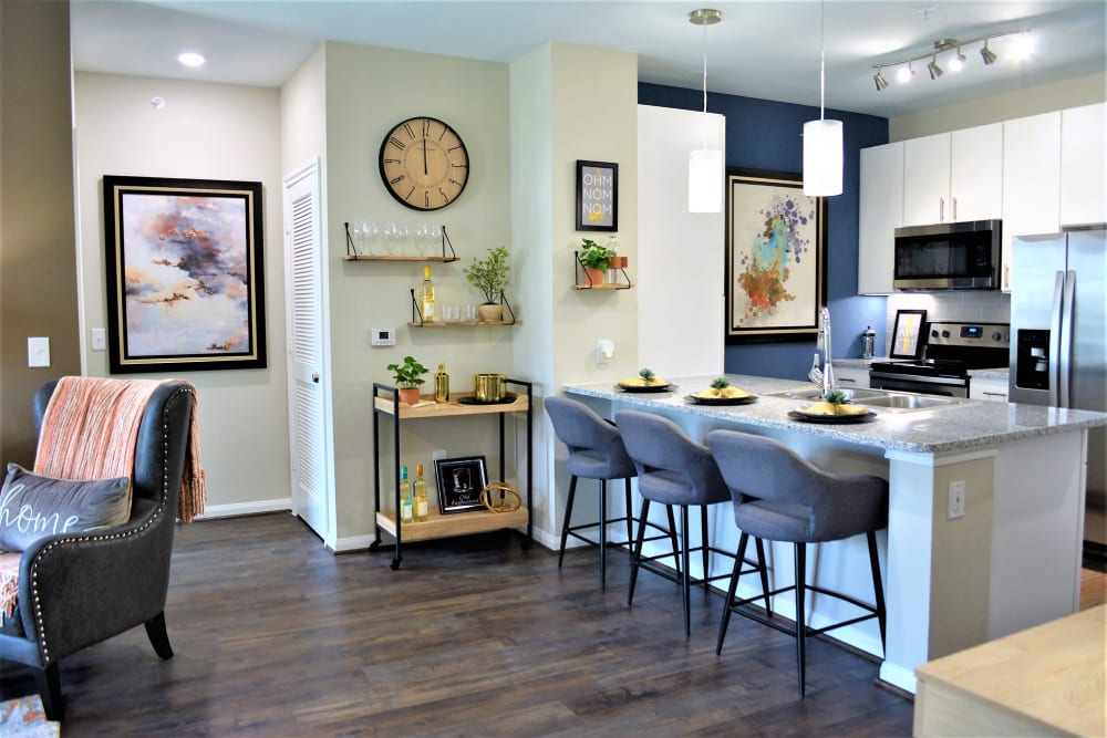 Apartments with a Kitchen at The Abbey at Sonterra