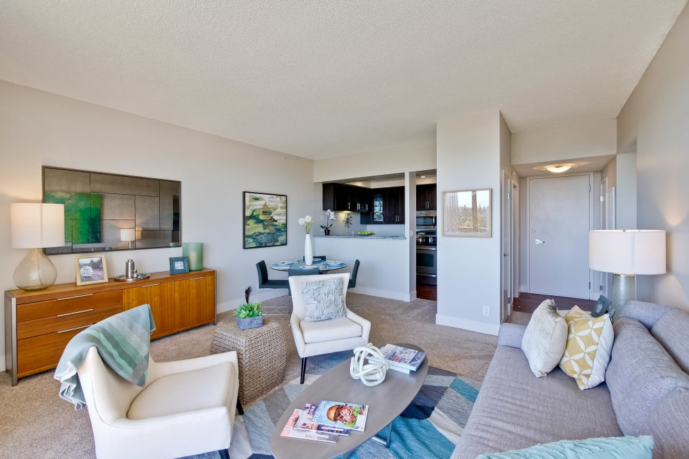 The Marc, Palo Alto has luxury living rooms with high ceilings in Palo Alto, California