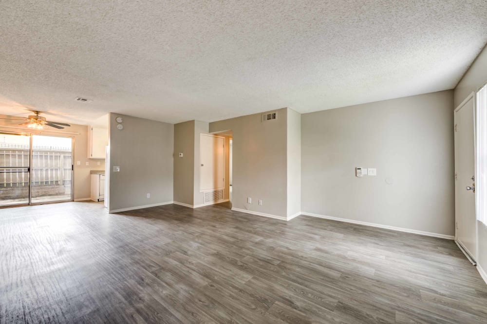 Living room at Sienna Heights Apartment Homes
