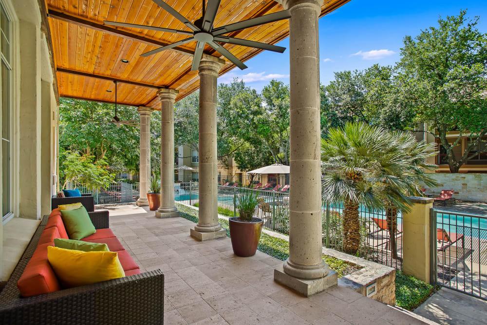 Beautiful Lounge Area and Swimming Pool at Sedona Ranch Apartments in San Antonio, Texas