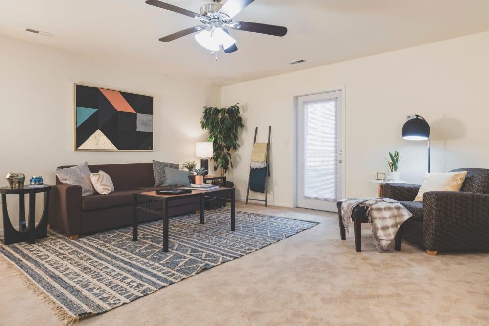 Living room at Sunchase Apartments in Greenville, North Carolina