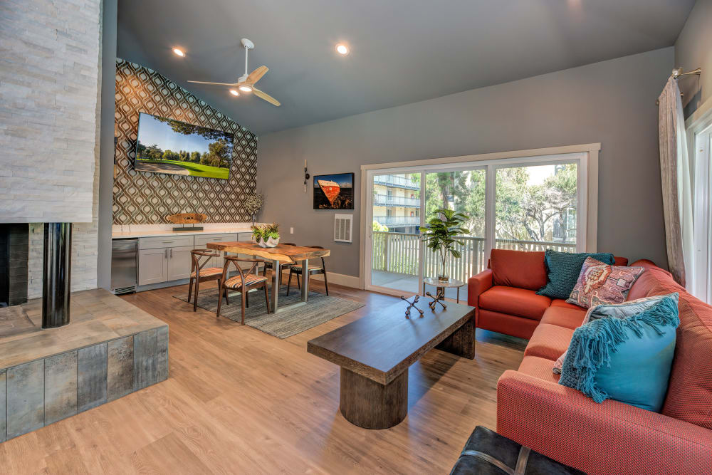 Clubhouse with plenty of comfortable seating at Tower Apartment Homes in Alameda, California