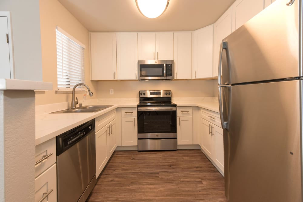 Luxury kitchen with a stainless-steel appliances at Park Ridge Apartment Homes in Rohnert Park, California
