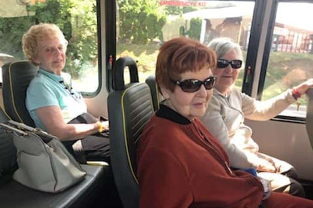 senior residents on a tour