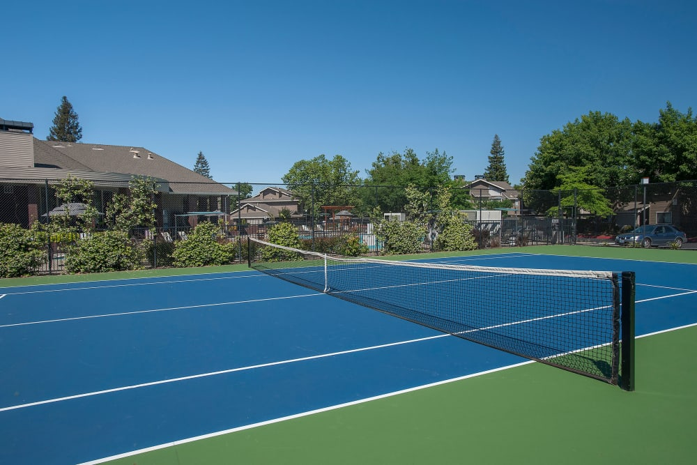 The tennis court at Deer Valley Apartment Homes in Roseville, California