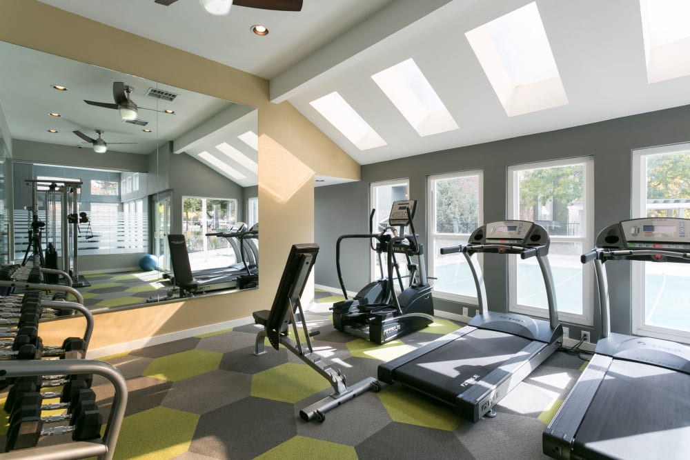 Well-equipped onsite fitness center at Waterfield Court Apartment Homes in Aurora, Colorado