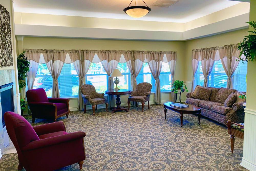 Lobby seating at Evergreen Senior Living in Eugene, Oregon