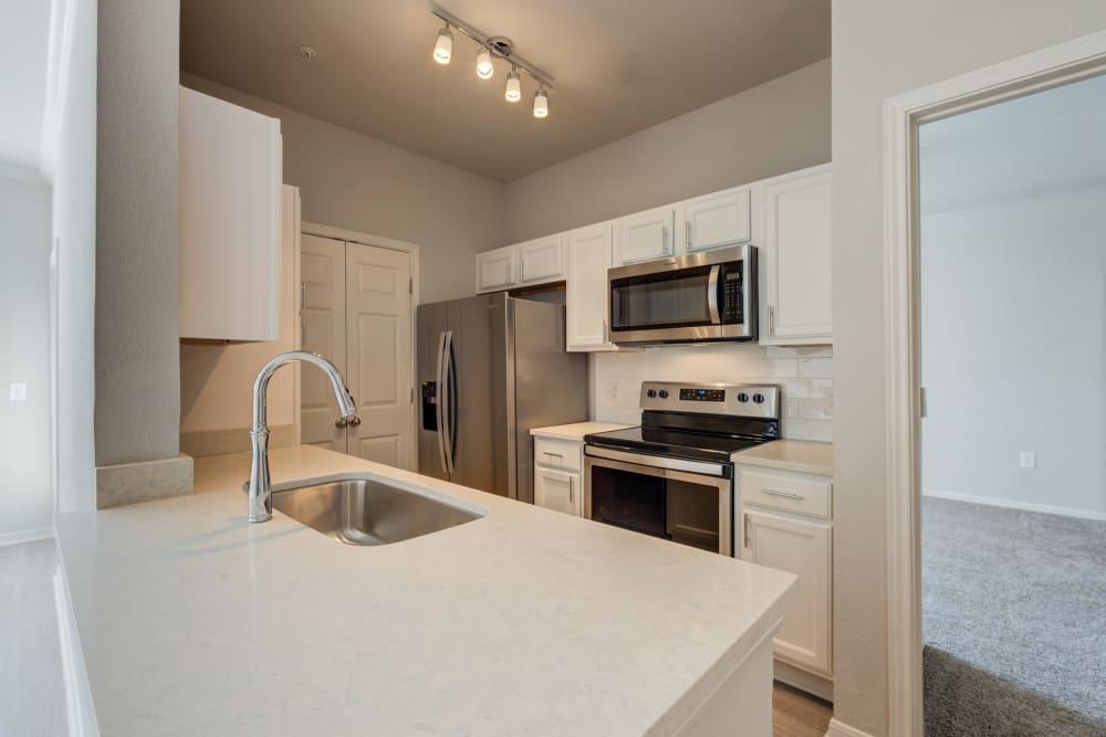 Modern kitchen of Ingleside Apartments in North Charleston, South Carolina