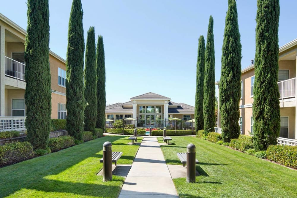 Beautiful garden-style apartments at Iron Point at Prairie Oaks in Folsom, California