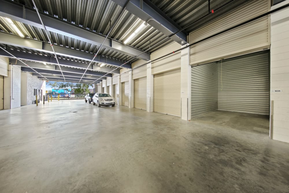 Large driveways through self storage units at My Neighborhood Storage Center in Orlando, Florida
