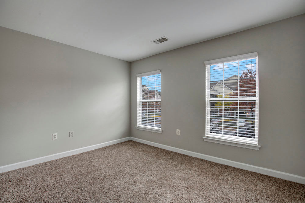 Dulles Greene offers a Naturally well-lit Bedroom in Herndon, Virginia