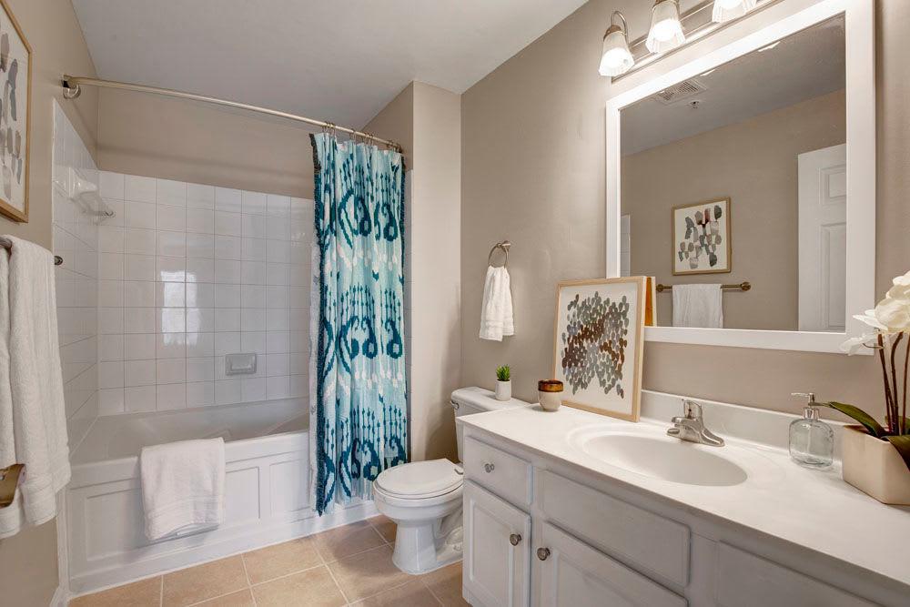 Enjoy our Modern Apartments Bathroom at Dulles Greene