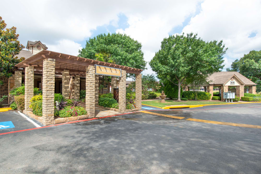 Community leasing center entrance at 8500 Harwood Apartment Homes in North Richland Hills, Texas