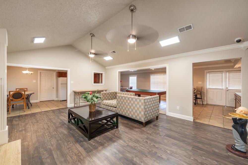 Community clubhouse space at 8500 Harwood Apartment Homes in North Richland Hills, Texas