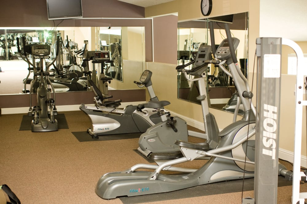 Fitness center at 8500 Harwood Apartment Homes in North Richland Hills, Texas