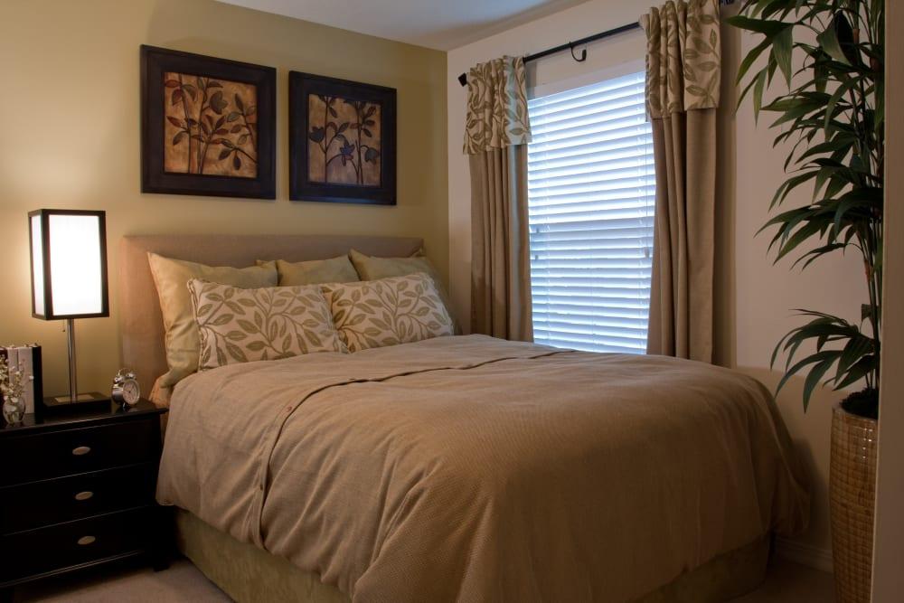 Cozy Bedroom with at Abaco Key in Orlando, Florida