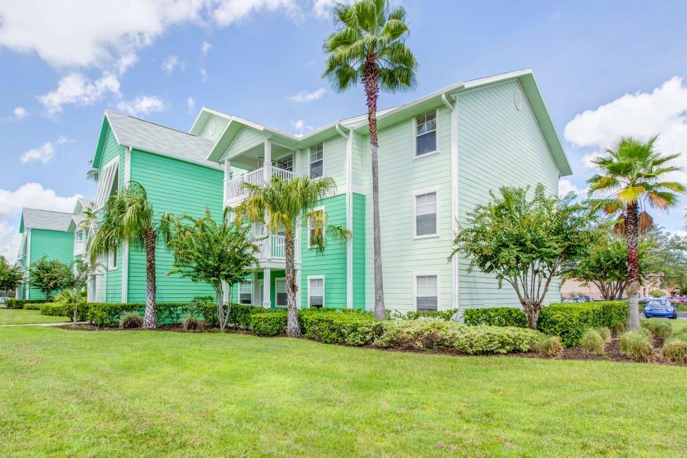 Building exterior at Abaco Key in Orlando, Florida