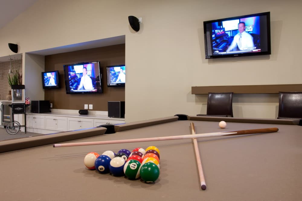 Billiards table and lounge area at Abaco Key in Orlando, Florida