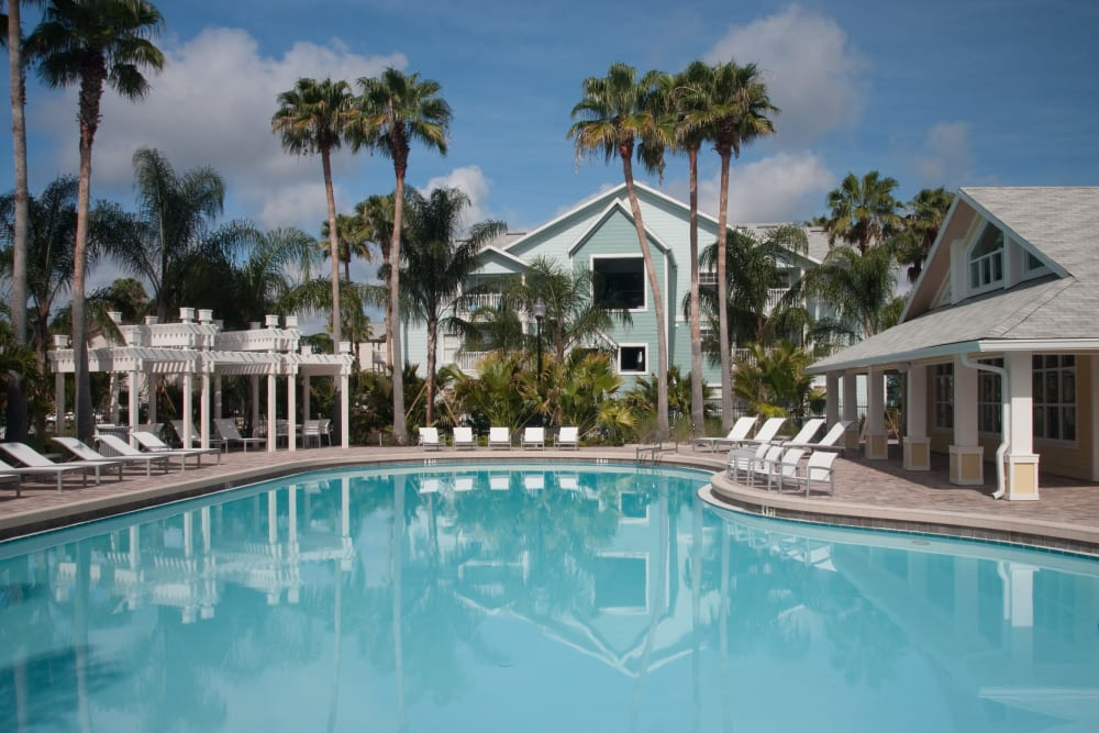 Beautiful Swimming Pool at Abaco Key in Orlando, Florida