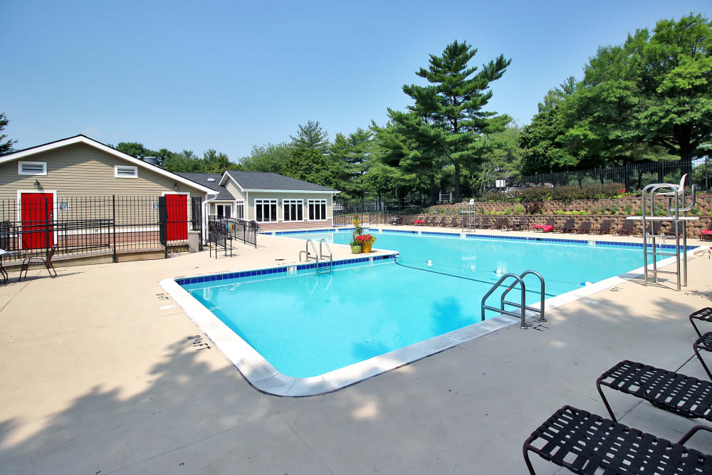 The Hamptons at Town Center offers a Swimming Pool in Germantown, Maryland