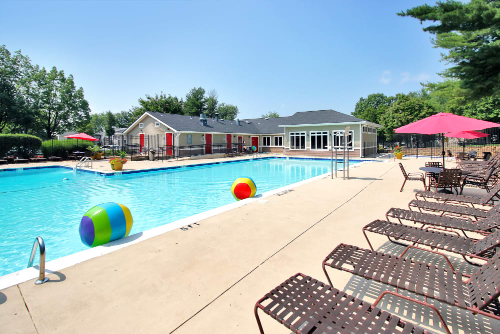 Beautiful Swimming Pool at Apartments in Germantown, Maryland